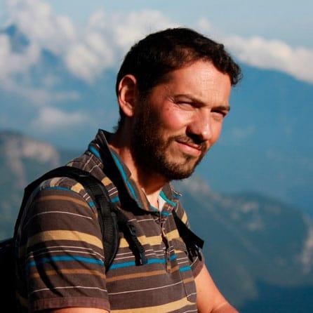 José A. Martínez - Guía de Montaña