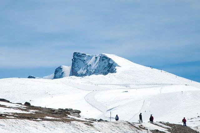 Subida invernal al Veleta