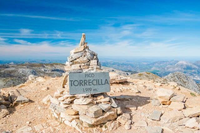 Subida al Pico Torrecilla en Sierra de las Nieves