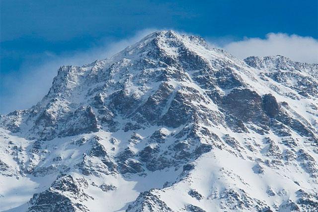 Ascensión invernal al Pico Alcazaba